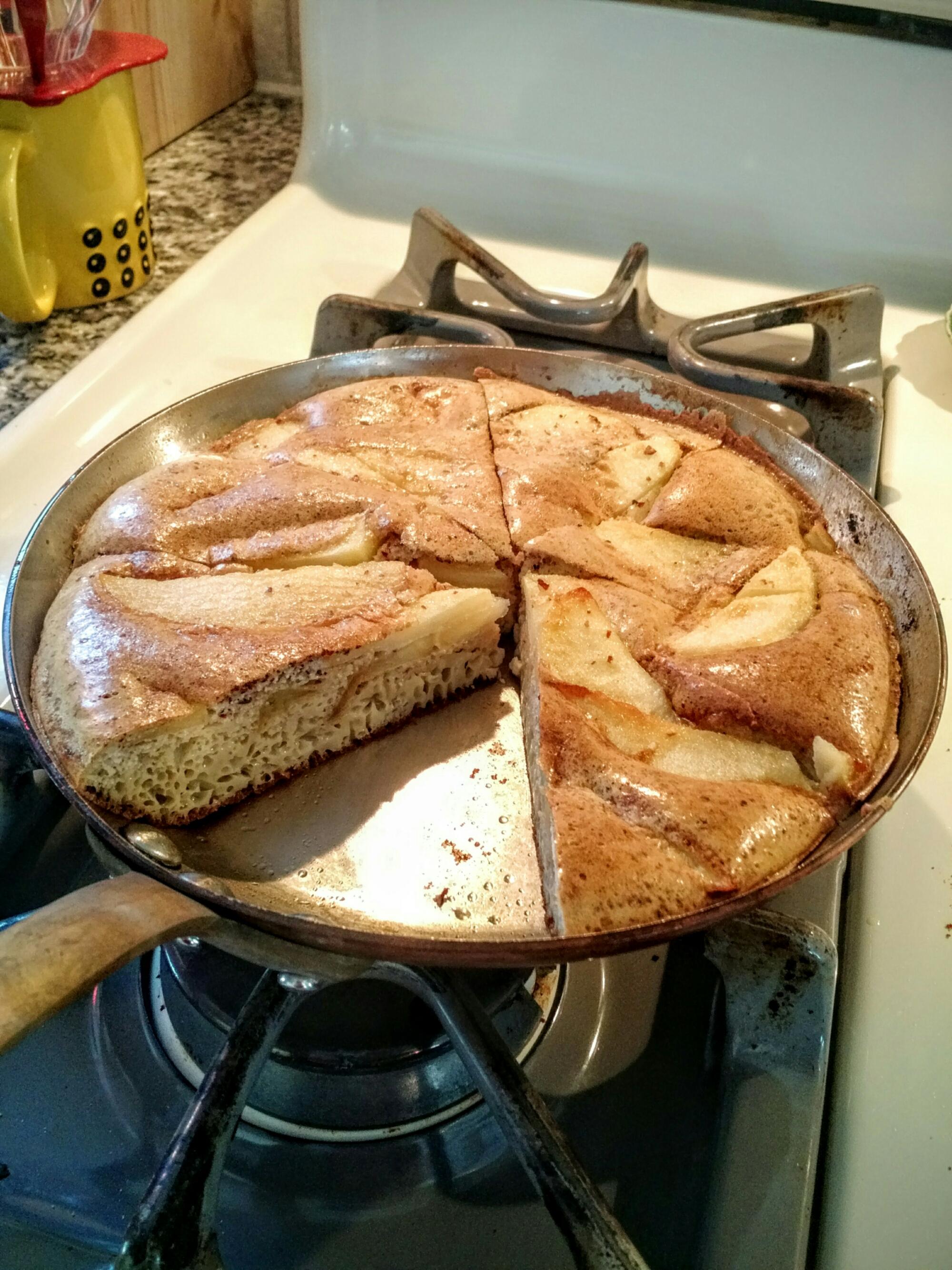 Apple puffy pancake